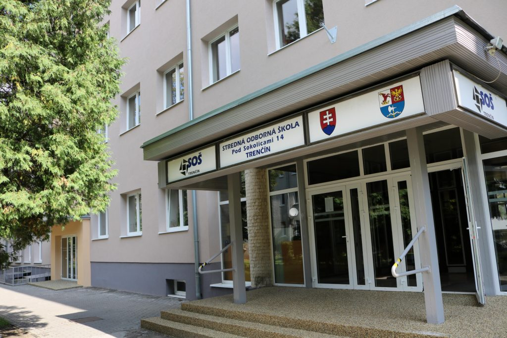 SOS-Pod-Sokolicami-TN.jpg